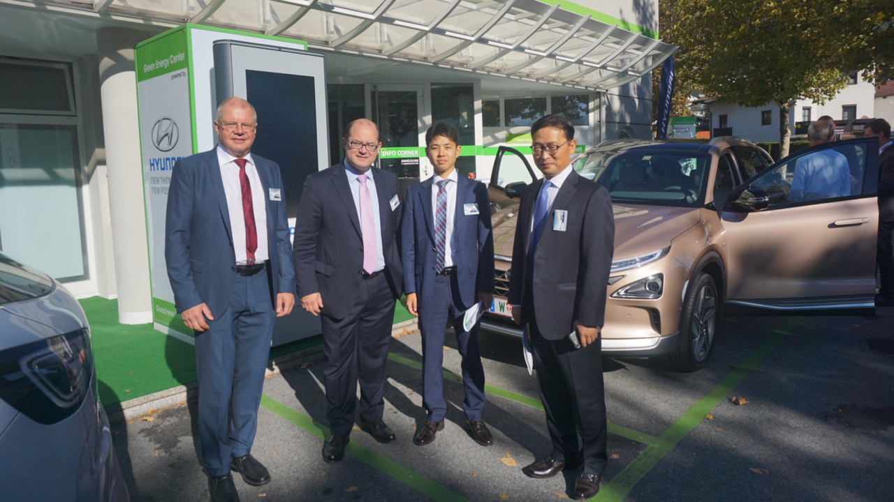 Hyundai NEXO FCEV launched with HyWest at the Green Energy Center Europe