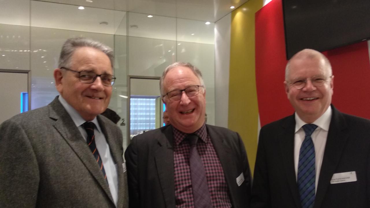 """""""Wasserstoff, der Stoff in dem die Chancen der Zukunft liegen"""", Vortrag am ÖVG-Forum in der voestalpine Stahlwelt in Linz zum Thema """"Wasserstoff – Treibstoff der Zukunft? Chancen und Risiken: ein Realitätscheck"""""""